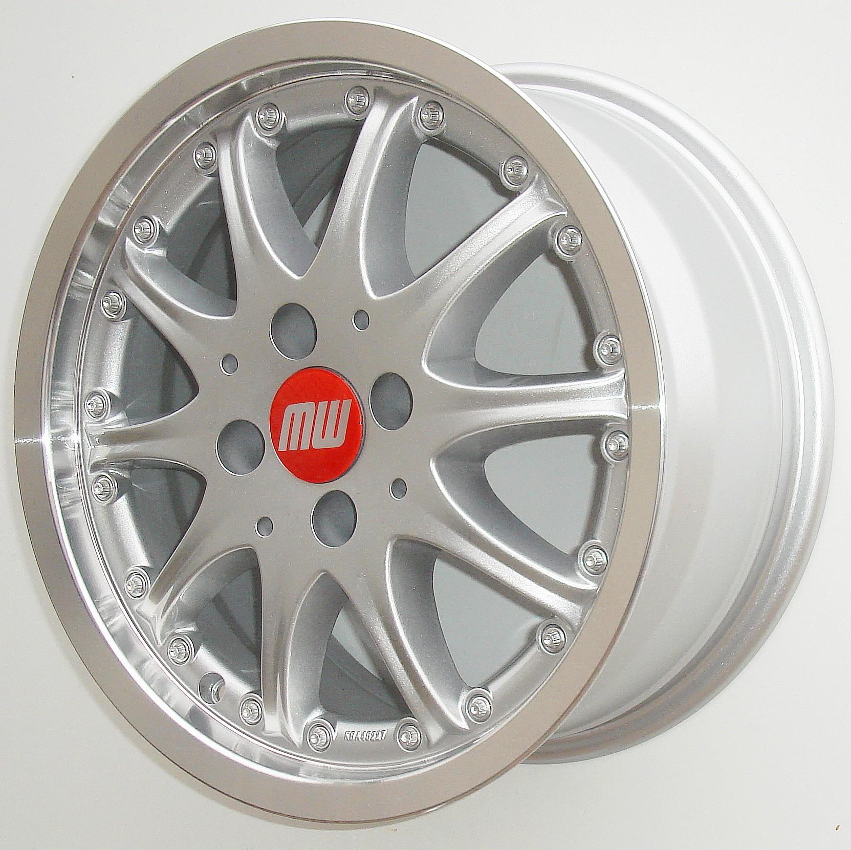 TS-Rad 7X15 4/100 ET38 silber metallic/hornkopiert  -  zulässige Reifengrössen: 185/60R15, 195/55R15 mit ABE